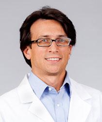 Dr. Luis Maas