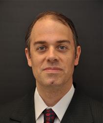 Dr. Mauricio Pons
