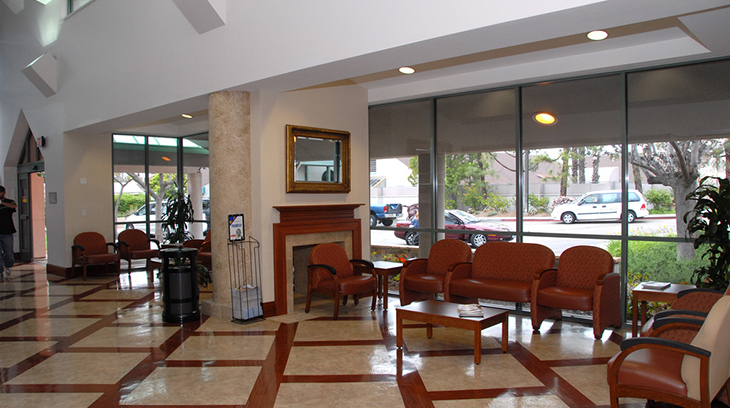 Sharp Grossmont Hospital Women's Health Center lobby